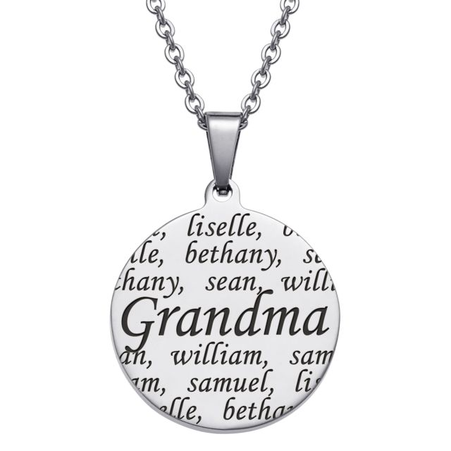 Personnalized Everscribe Grandma Engraved Family Names Necklace
